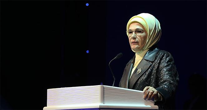 Emine Erdoğan: 'Tıbbi ve aromatik bitkiler alanında küresel olarak artan talebi ülkemiz lehine kullanmalıyız'