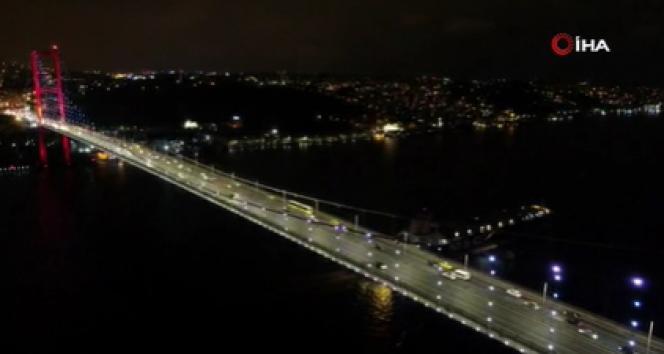 Kısıtlama başladı: 15 Temmuz Şehitler Köprüsü'ndeki trafik drone'la görüntülendi