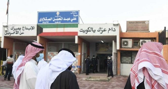 Kuveyt'te halk sandık başında