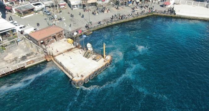 İstanbul Boğazı'nda şaşırtan manzara
