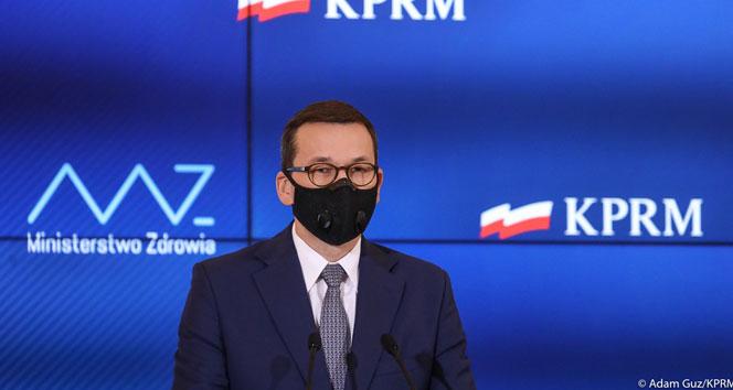 Polonya toplu aşılamaya Ocak'ta başlıyor