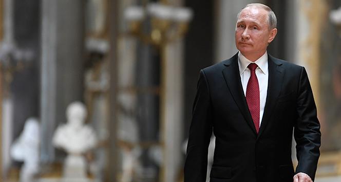 Putin'den Ekonomi ve Kalkınma Bakanı Reşetnikov'a: 'Siz bana masal anlatıyorsunuz'