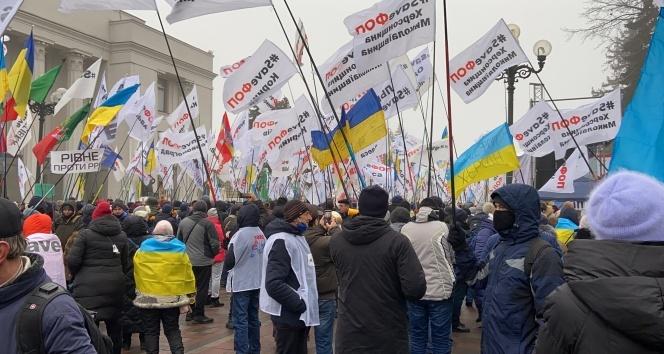 Ukrayna'daki karantina protestoları 4. gününde