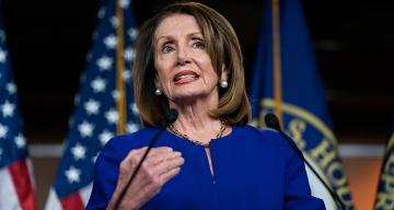 ABD Temsilciler Meclisi Başkanı Pelosi'den Trump'ın nükleer saldırı düzenlemesine karşı önlem alma çağrısı