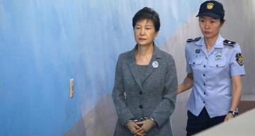 Eski Güney Kore Devlet Başkanı Park'ın hapis cezası onaylandı