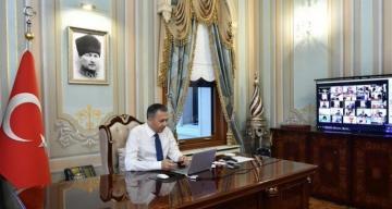 İstanbul Valisi Yerlikaya, korona virüs vakalarında en çok düşüş yaşanan ilçeleri açıkladı